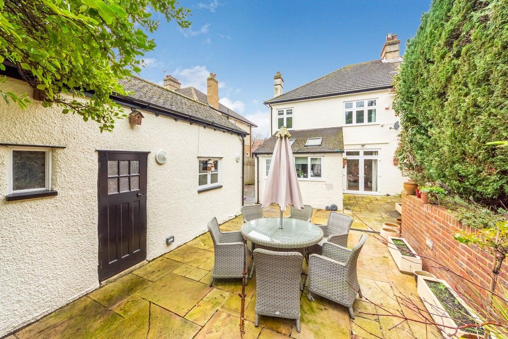 4 bed house for sale in Farnaby Road, Bromley  - Property Image 3