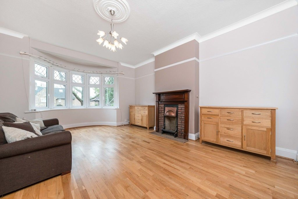 4 bed house for sale in Farnaby Road, Bromley  - Property Image 4
