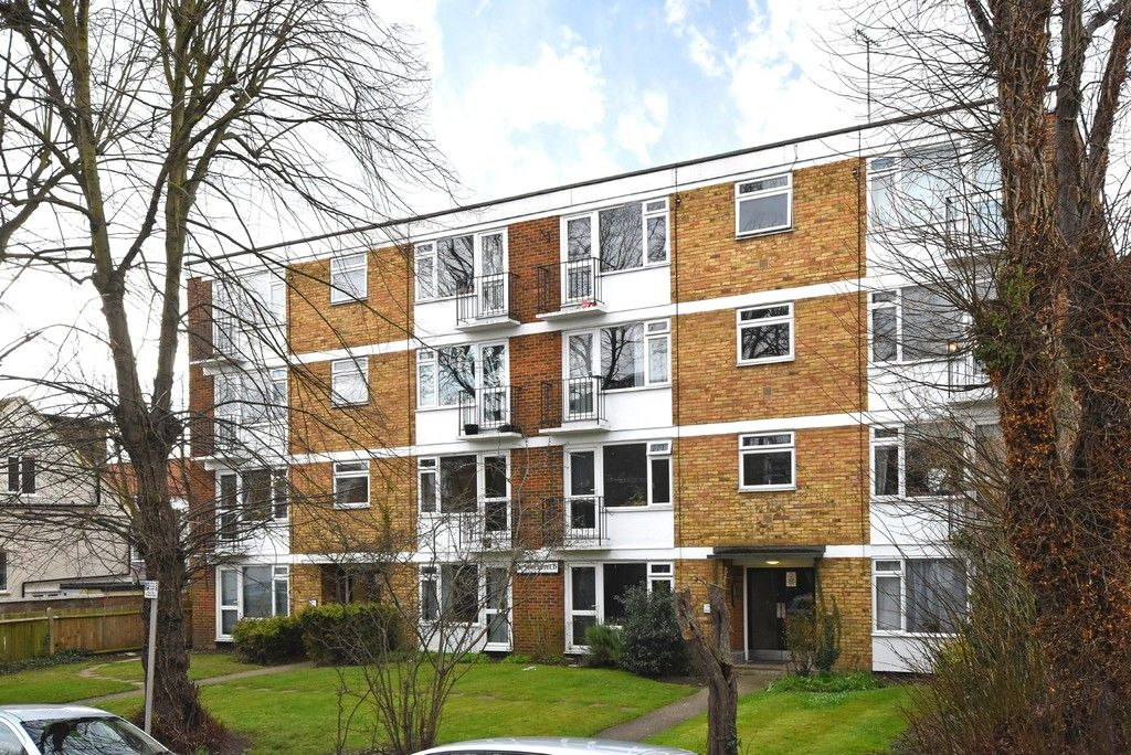 1 bed flat for sale in Freelands Road, Bromley, BR1