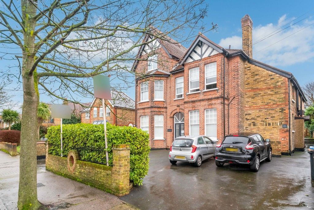 1 bed flat for sale in Rodway Road, Bromley - Property Image 1