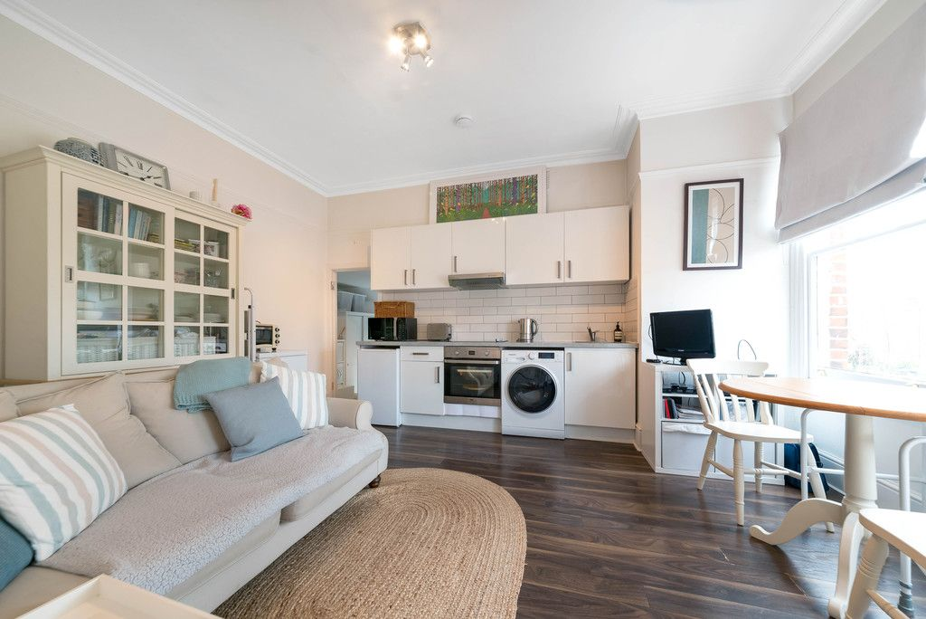 1 bed flat for sale in Rodway Road, Bromley 4