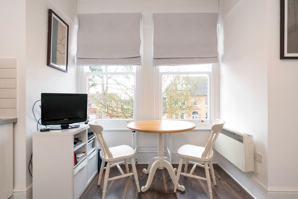 1 bed flat for sale in Rodway Road, Bromley 8