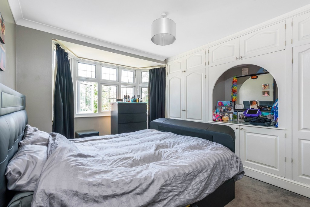 5 bed house for sale in Park Avenue  - Property Image 11