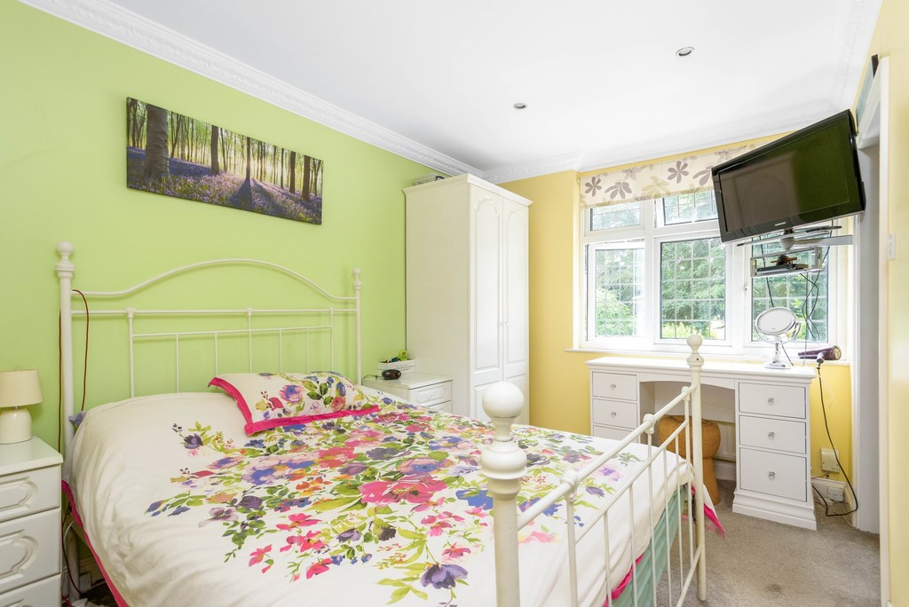 5 bed house for sale in Park Avenue 13