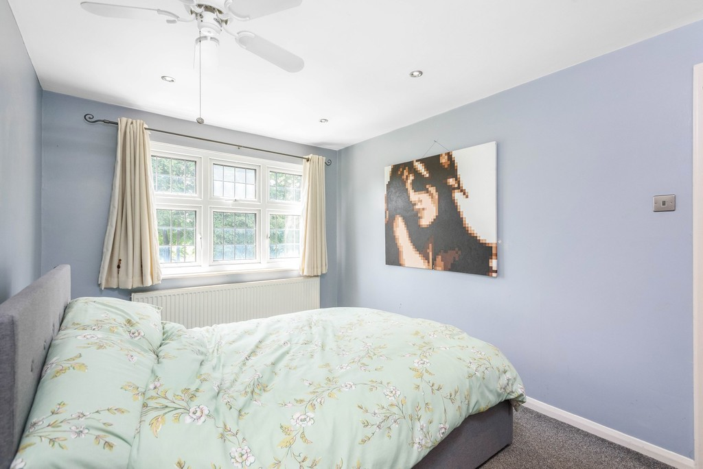 5 bed house for sale in Park Avenue  - Property Image 14