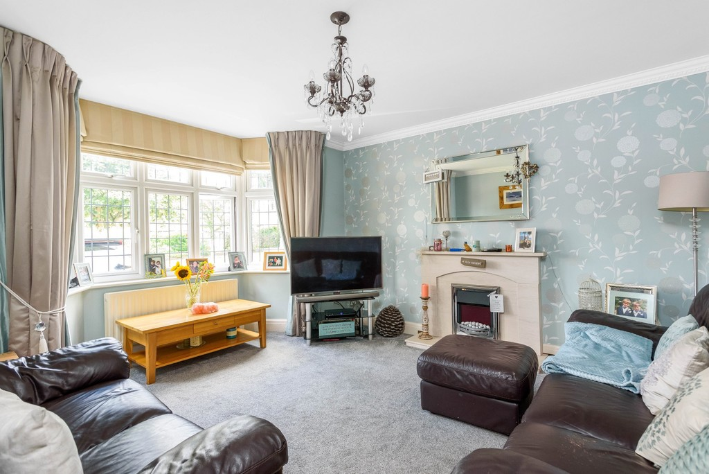 5 bed house for sale in Park Avenue 3