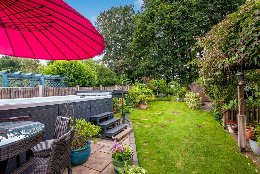 5 bed house for sale in Park Avenue  - Property Image 21