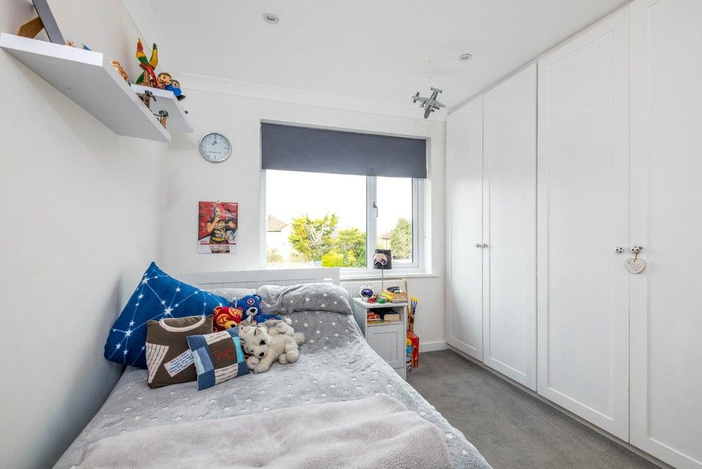 3 bed house for sale in Normanhurst Road  - Property Image 13