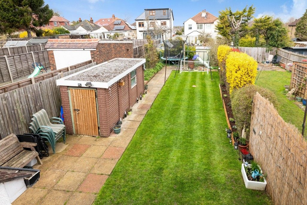3 bed house for sale in Normanhurst Road  - Property Image 15