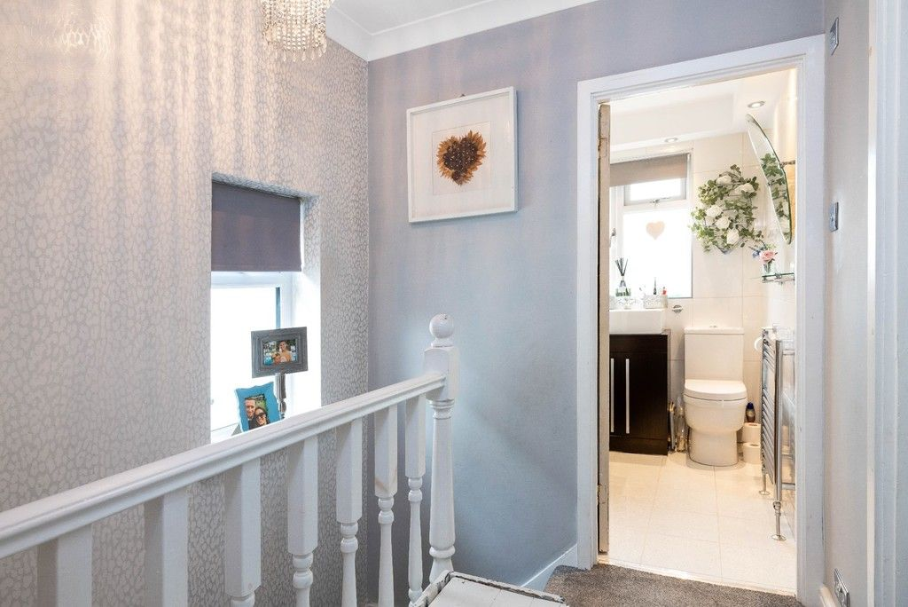 3 bed house for sale in Normanhurst Road 9