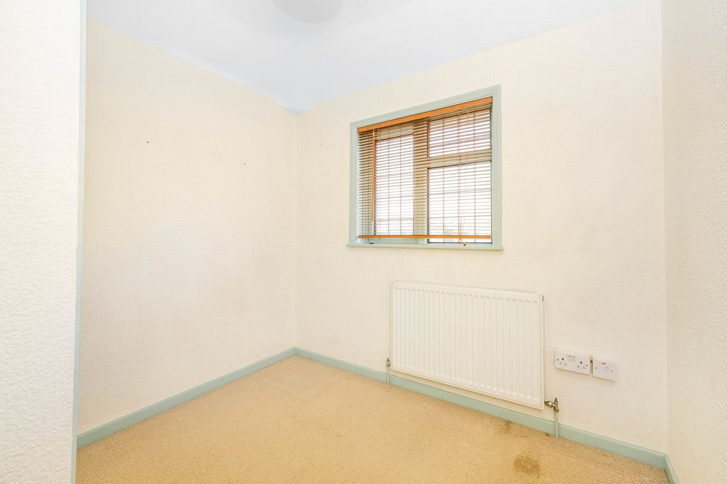 3 bed house for sale in Batchwood Green, Orpington  - Property Image 11