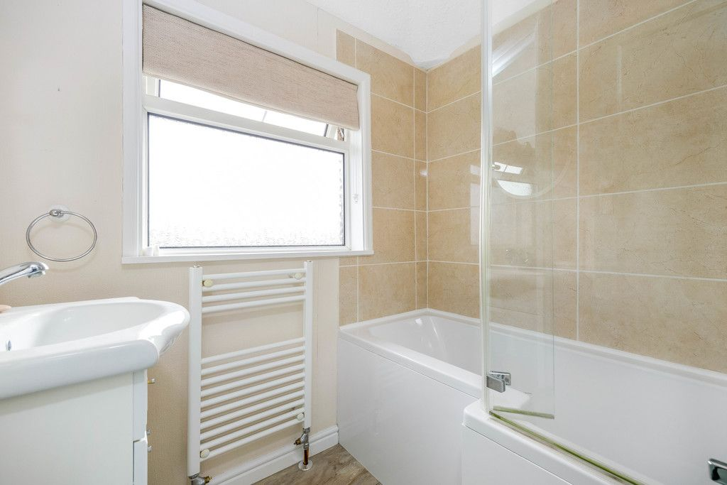 3 bed house for sale in Batchwood Green, Orpington  - Property Image 12