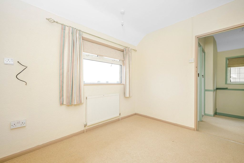 3 bed house for sale in Batchwood Green, Orpington  - Property Image 14