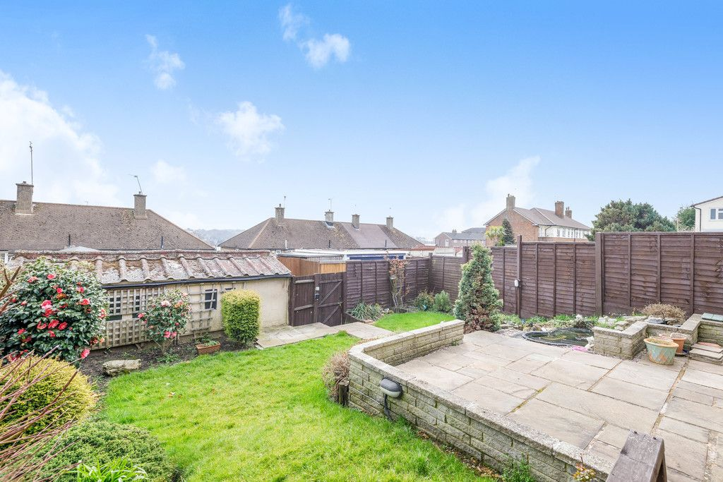 3 bed house for sale in Batchwood Green, Orpington  - Property Image 18