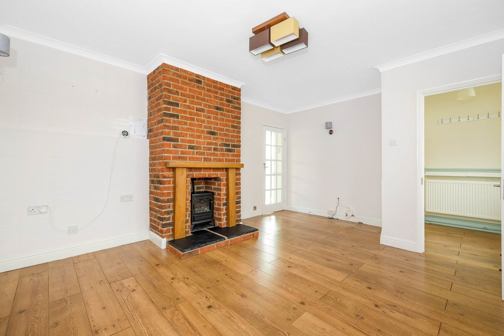 3 bed house for sale in Batchwood Green, Orpington  - Property Image 4