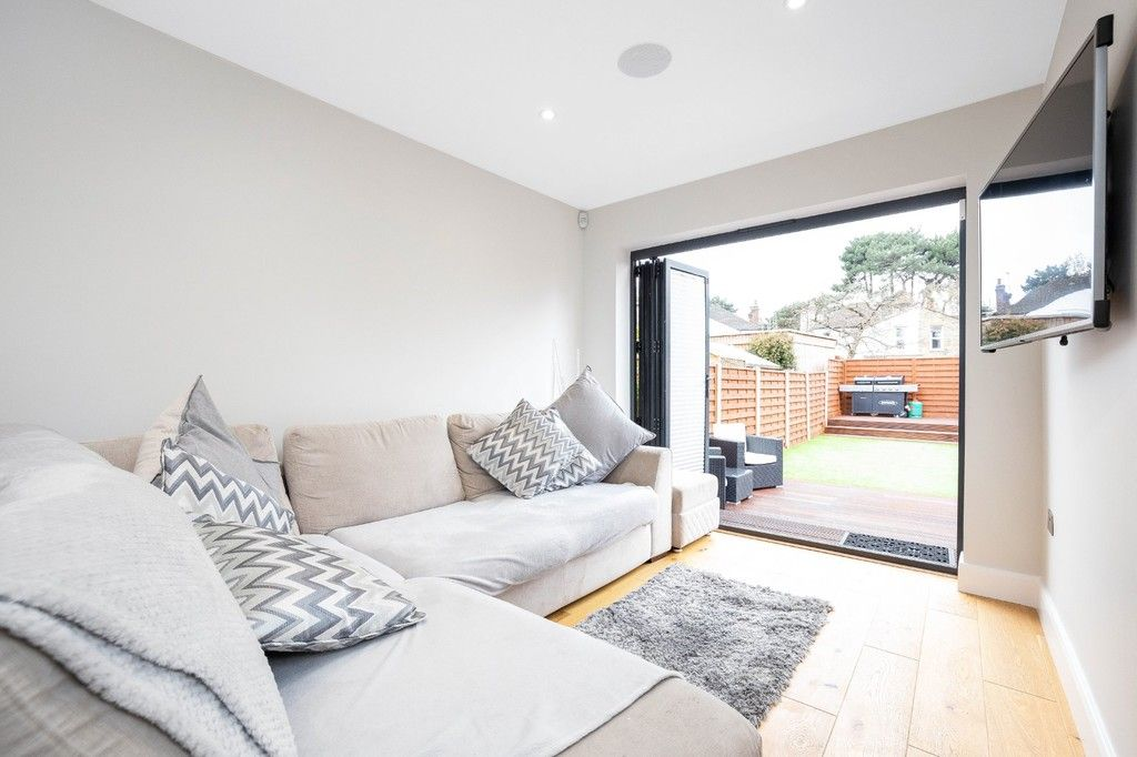 2 bed flat for sale in Meadow Road, Bromley  - Property Image 15