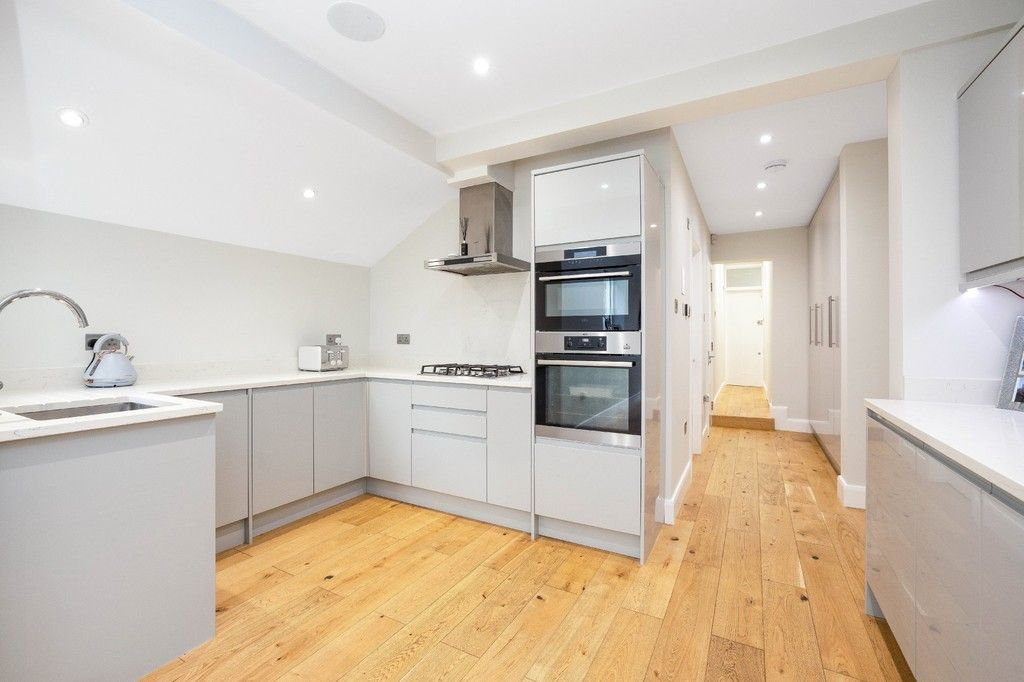 2 bed flat for sale in Meadow Road, Bromley  - Property Image 17