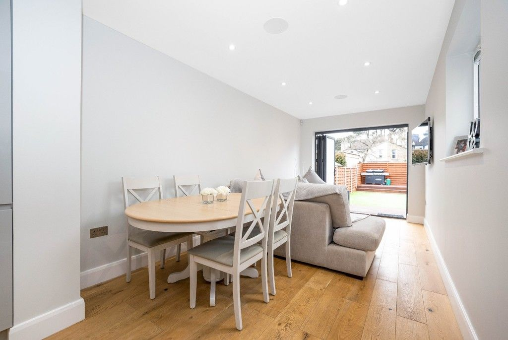 2 bed flat for sale in Meadow Road, Bromley 20