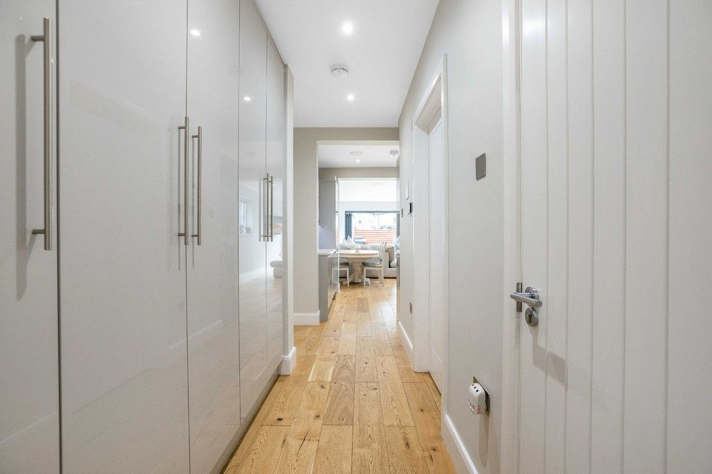 2 bed flat for sale in Meadow Road, Bromley  - Property Image 23