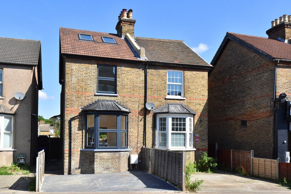 4 bed house for sale in Beckenham Lane, Bromley  - Property Image 1