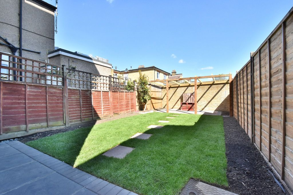 4 bed house for sale in Beckenham Lane, Bromley  - Property Image 15