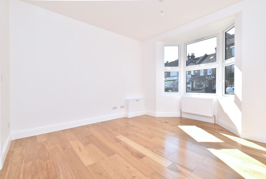 4 bed house for sale in Beckenham Lane, Bromley  - Property Image 5