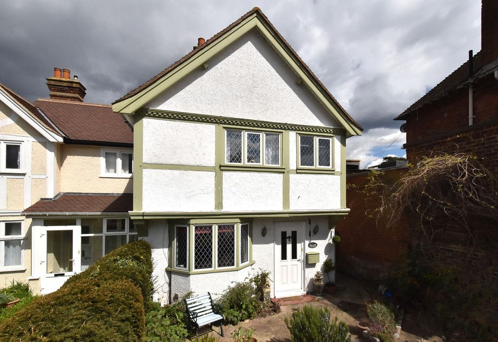 2 bed house for sale in Hayes Street, Bromley 2
