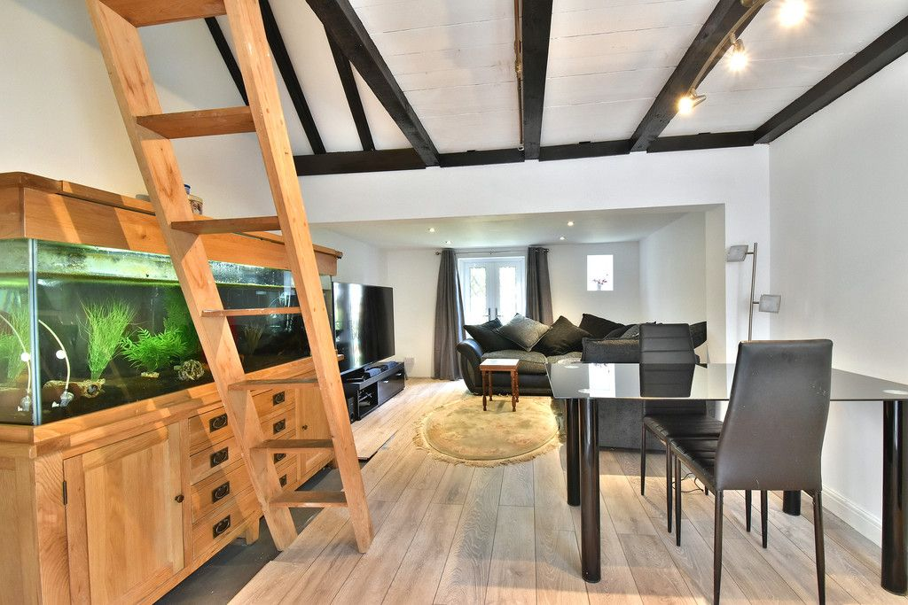 2 bed house for sale in Hayes Street, Bromley 19
