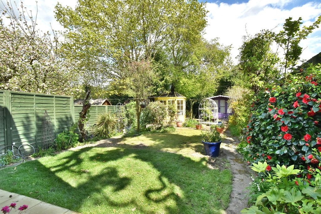 2 bed house for sale in Hayes Street, Bromley 3