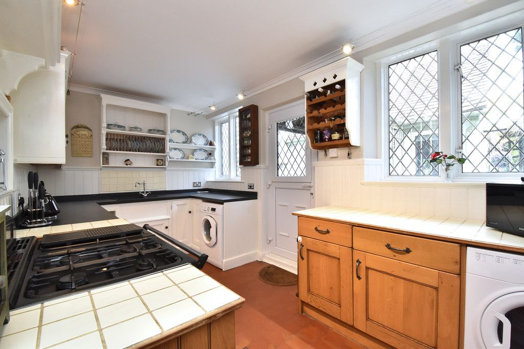 2 bed house for sale in Hayes Street, Bromley 8