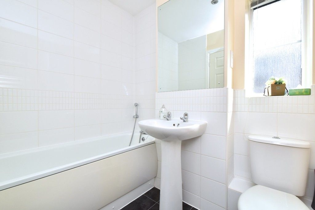 4 bed house for sale in Headingley Drive, Beckenham  - Property Image 13