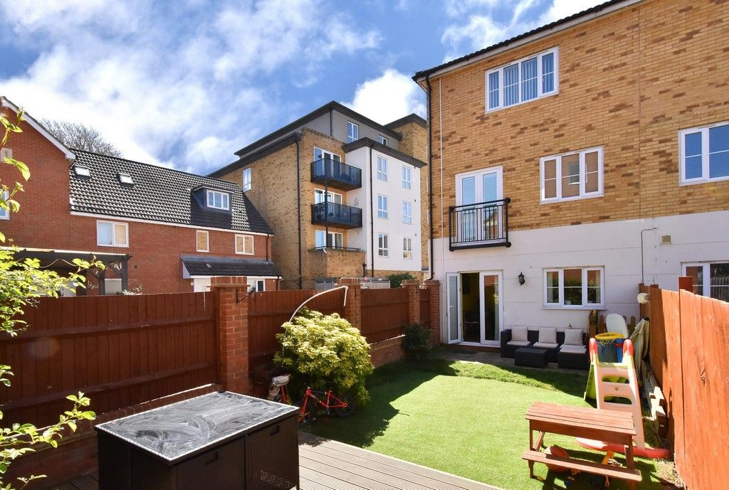 4 bed house for sale in Headingley Drive, Beckenham  - Property Image 16