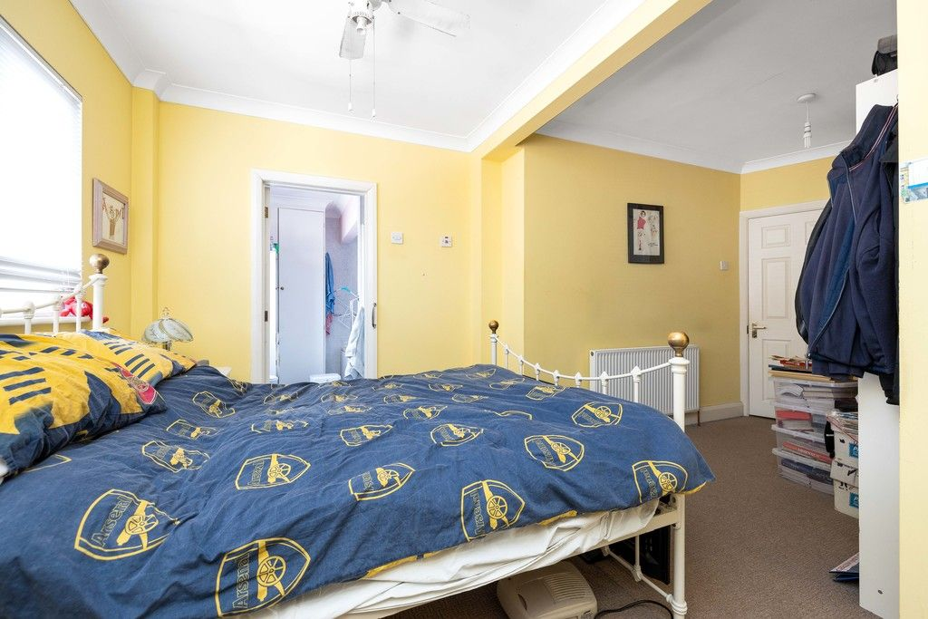 3 bed house for sale in Treewall Gardens, Bromley  - Property Image 14