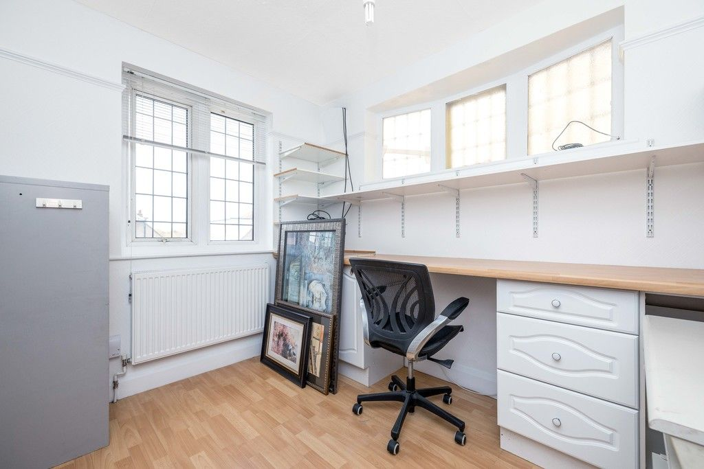 3 bed house for sale in Treewall Gardens, Bromley  - Property Image 20