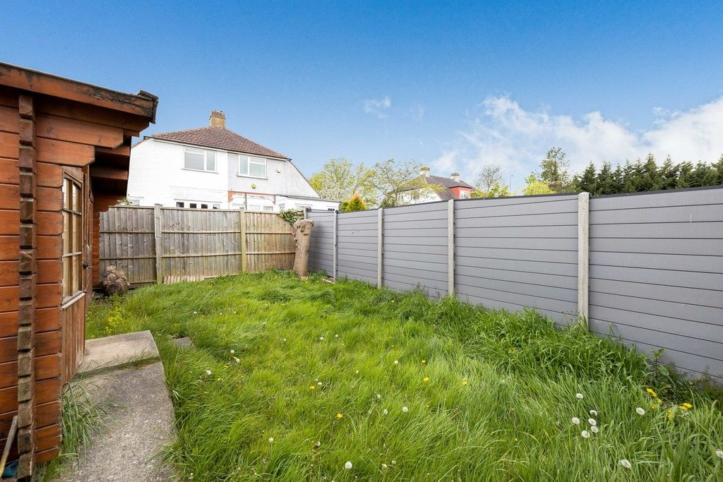 3 bed house for sale in Treewall Gardens, Bromley 22