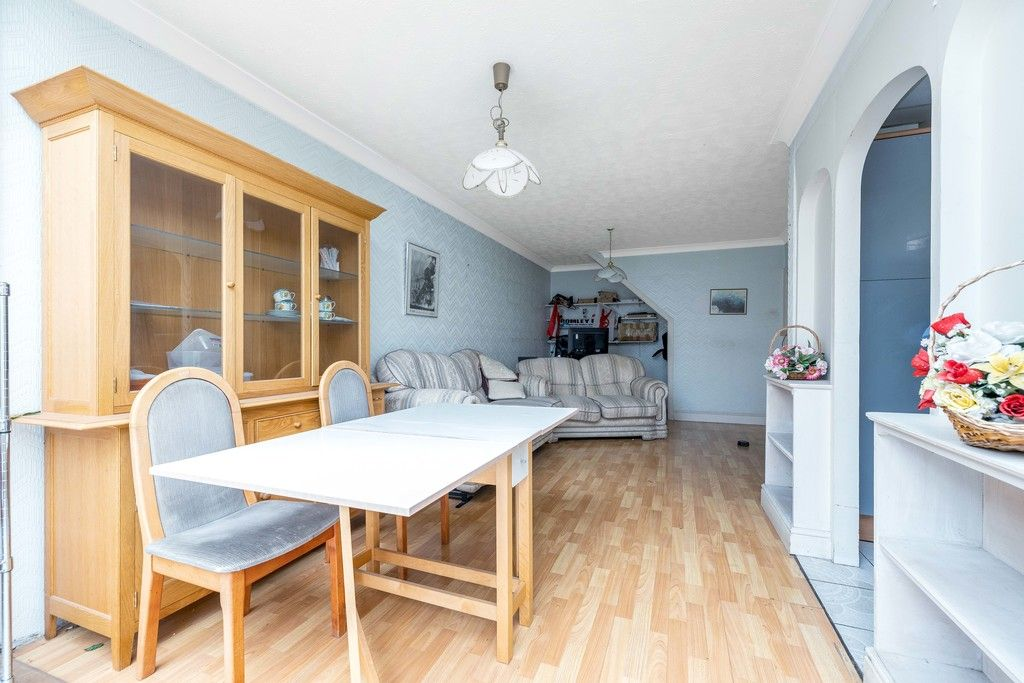 3 bed house for sale in Treewall Gardens, Bromley 5