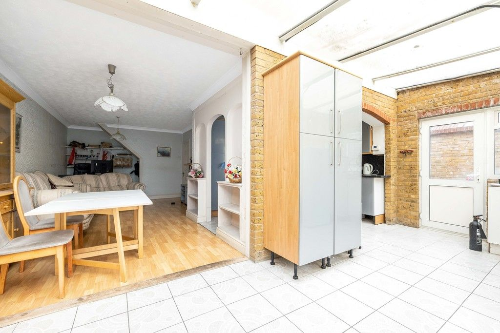 3 bed house for sale in Treewall Gardens, Bromley 6