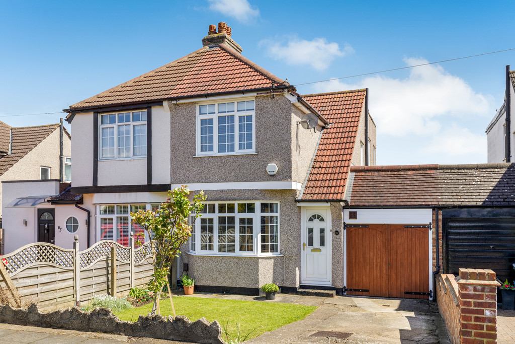 2 bed house for sale in East Drive, Orpington, BR5