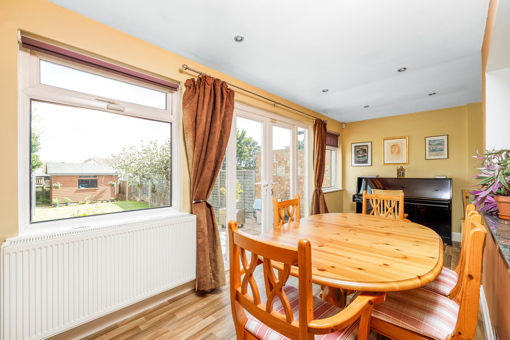 2 bed house for sale in East Drive, Orpington 12