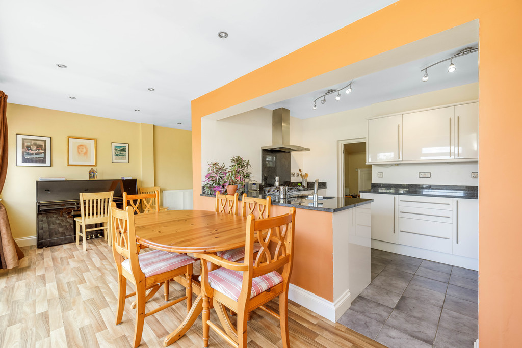 2 bed house for sale in East Drive, Orpington 13
