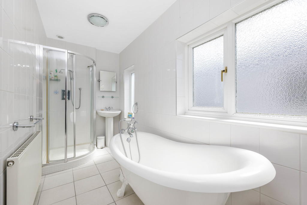 2 bed house for sale in East Drive, Orpington 17