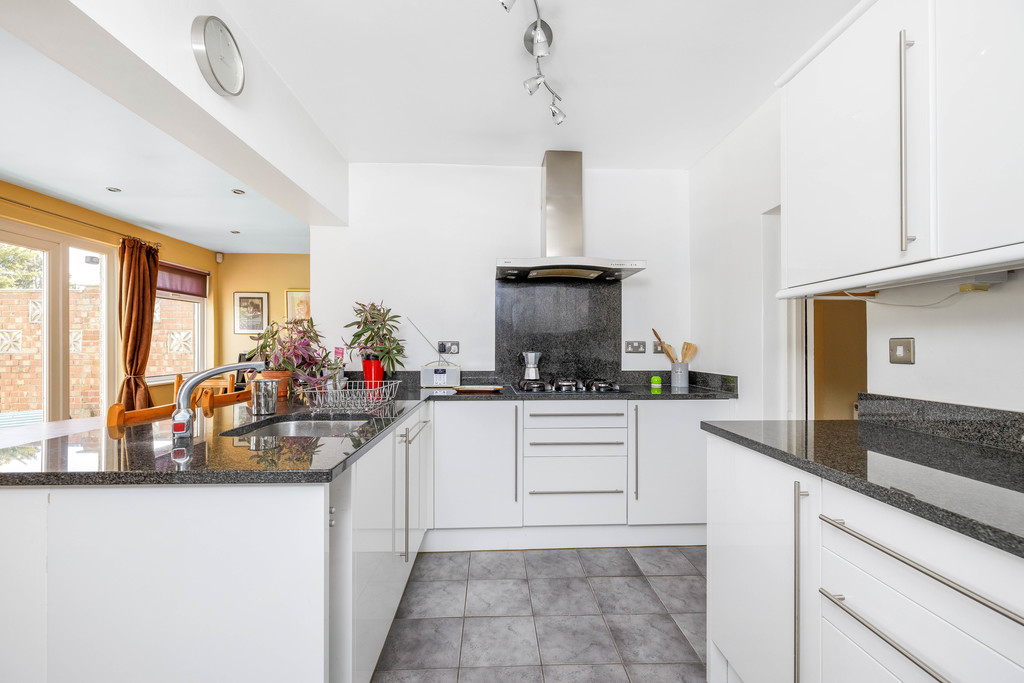 2 bed house for sale in East Drive, Orpington  - Property Image 10