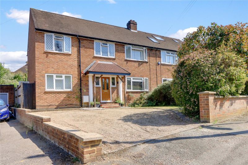 4 bed house for sale in Parsonsfield Road 1
