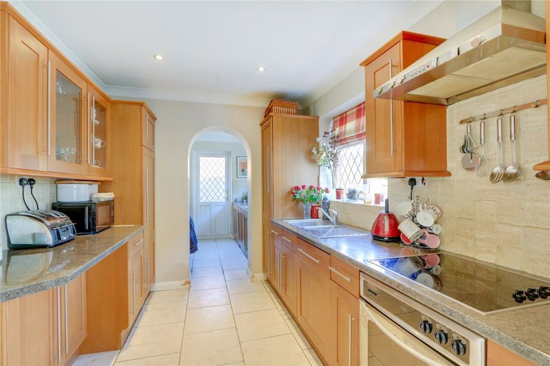 4 bed house for sale in Parsonsfield Road 4