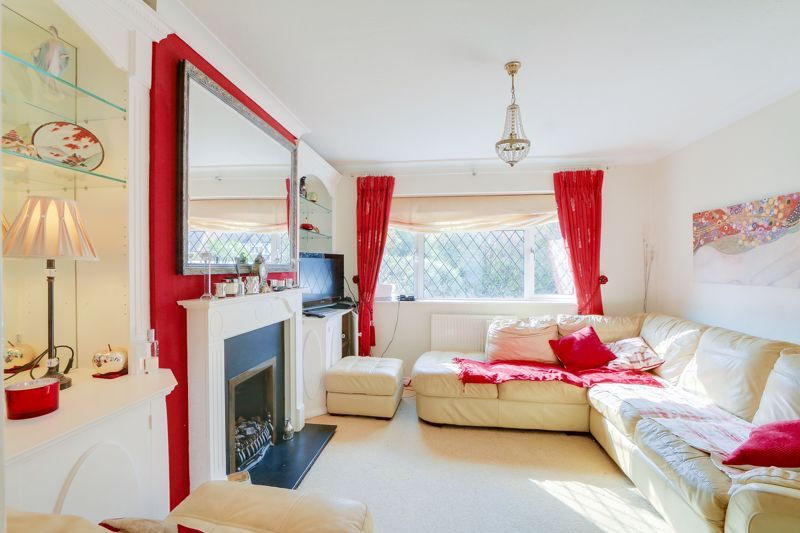 4 bed house for sale in Parsonsfield Road 5