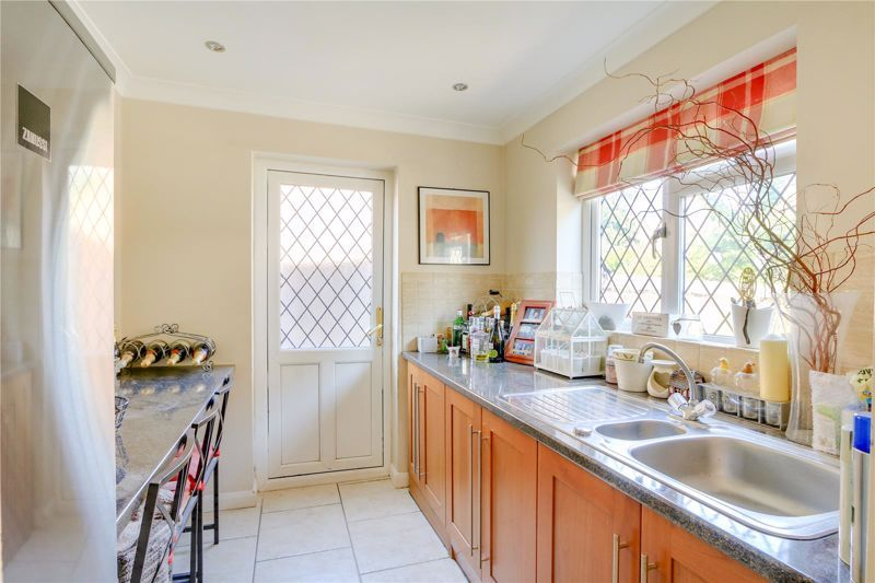 4 bed house for sale in Parsonsfield Road 8