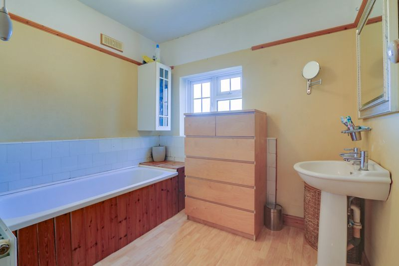 3 bed house for sale in Nork Way  - Property Image 11