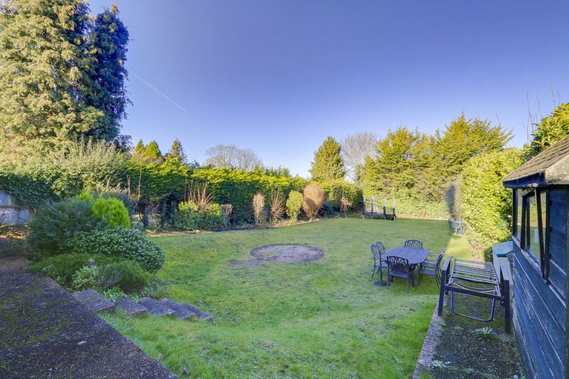 3 bed house for sale in Nork Way  - Property Image 15