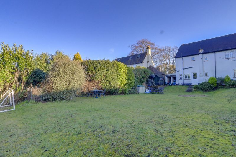 3 bed house for sale in Nork Way  - Property Image 16
