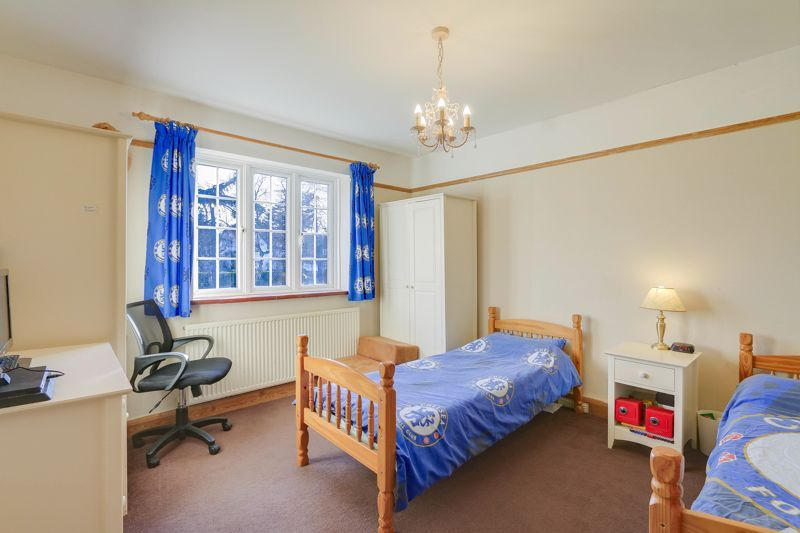 3 bed house for sale in Nork Way 8